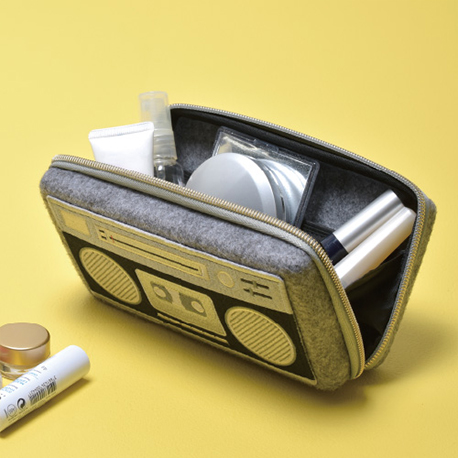 pouch L (boombox)